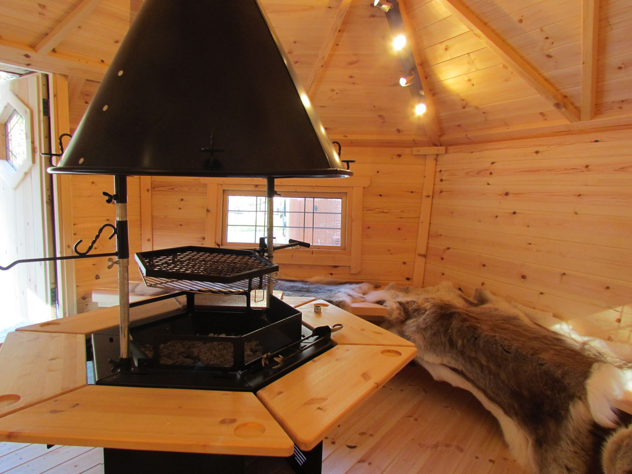 Godremamog mill - camping cabins - BBQ Cabin-1