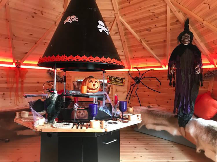 Arctic Cabins - Show Site - Halloween_10